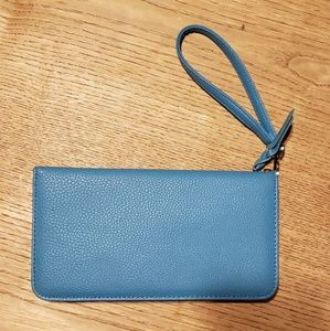 🌹Just In🌹DANA BUCHMAN Turquoise Organizer Wallet